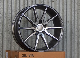 Новинка в 19 диаметре — Sakura Wheels 3757W!